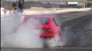 Datsun 240z vs Nissan Gtr