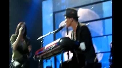 ( Превод + Live ) Bruno Mars - It Will Rain - Ft. Skylar Grey