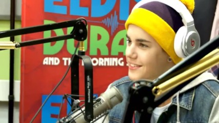Джъстин говори за Селена в сутрешно радио.