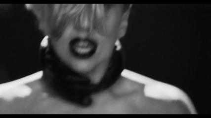 За първи път в сайта!!! Lady Gaga - Applause Официално видео