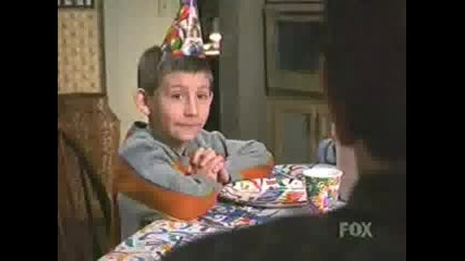315 Malcolm In The Middle - Hals Birthday