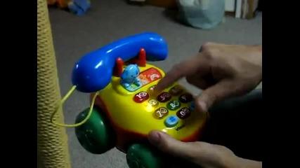 Как да накараме бебешки телефон да псува