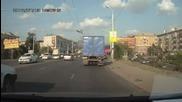 пияна рускиня шофира