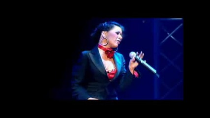Christina Aguilera - Impossible [stripped Live Concert]