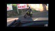 Моторист който не се отказва и след тежка катастрофа