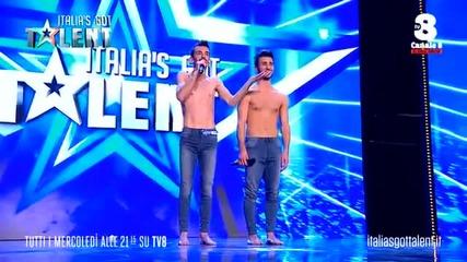 Italia's Got Talent, l'amore gay in prima serata Roberto e Umberto commuovono i giurati