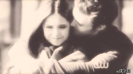 Elena + Stefan -recovery