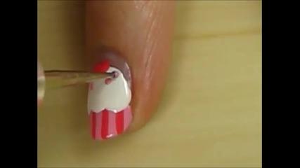 Сладък маникюр на кексче ^^ ( лак, нокти )