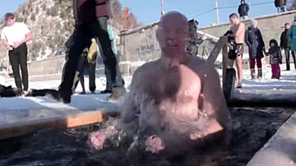 'It was like knives!' - Brave American loses Epiphany virginity in Lake Baikal