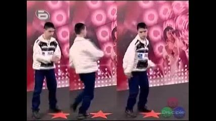Майкъл Джексън на кроасаните * С М Я Х * - Music Idol