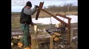 Така се цепят дърва в Украйна