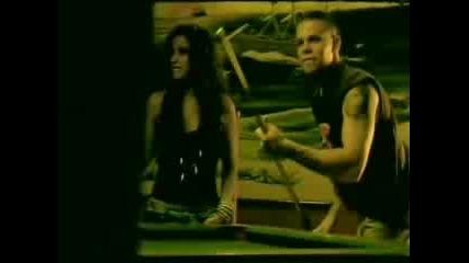 Nelly Furtado Feat. Residente Calle 13 - N