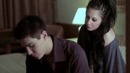 Премиера 2013 - Вземи Да Имаш !! - превод - Pare Na Xeis - Zaxarias Markakis - Official video