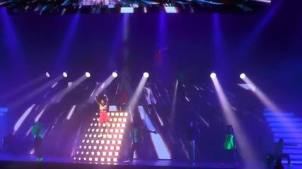 Violetta Live: 22. Juntos Somos Mas Париж