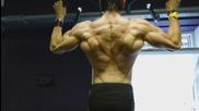 46 Годишният Helmut Strebl показва завиден релеф