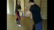 Шон Донг упражнения с тренировъчни уреди