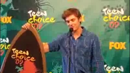 Zac Efron with Tc surfboard
