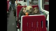 Проблеми с влаковете във Великобритания заради токови удари