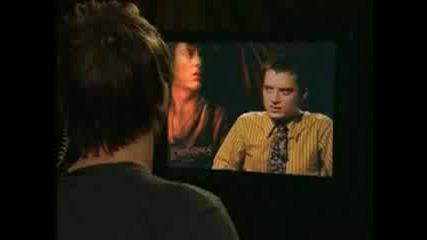 Dominic Monaghan Интервюира Elijah Wood-Голям Смях