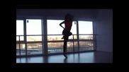Момичето което зарадва цялата интернет аудитория със своя танц