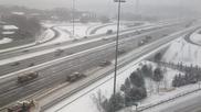 Перфектно почистване на заснежена магистрала в Канада!