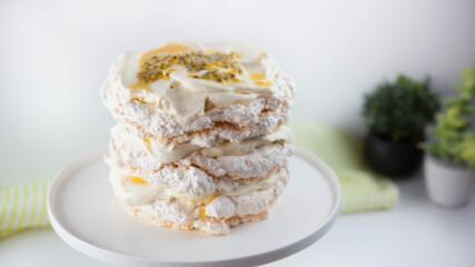 Целувчена торта със сметана и маракуя | Гурме за всеки ден: Десерти | 24Kitchen Bulgaria