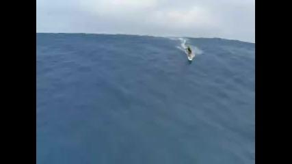 Сърфиране в цунами