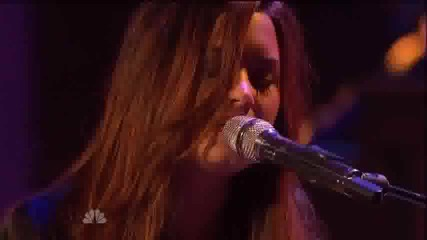 Разбиваща Песен ! Demi Lovato - *skyscraper*