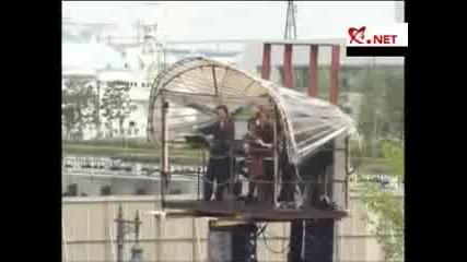 Гигантски Паяк Робот в Япония