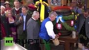 Germany: Munich mayor opens first keg of Oktoberfest 2015