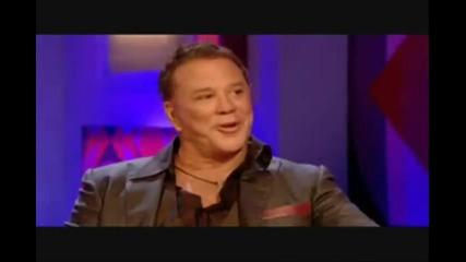 Мики Рурк популяризира в The Expendables и похвали Сталоун на Джонатан Рос в шоуто му - част 1/2