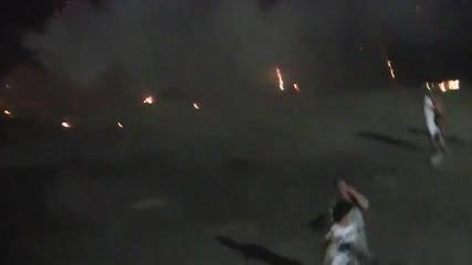 Фойерверка експлодира на плажа
