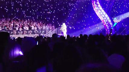 На живо от Глендейл! Taylor Swift - Dancing With Our Hands Tied - Reputation Stadium Tour