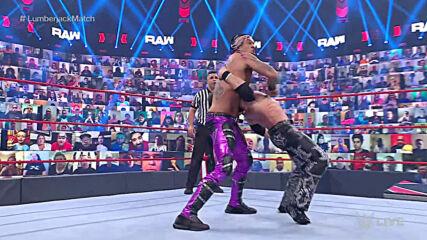 Damian Priest vs. John Morrison – Lumberjack Match: Raw, May 17, 2021