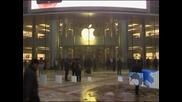 В континентален Китай официално започна продажбата на iPhone 5