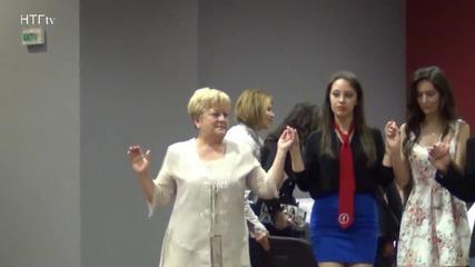 Надежда Чукалова - хоровод