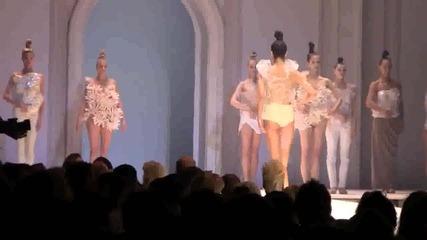Невена - Излел Дельо хайдутин и Даньова мама | Vienna Fashion Awards 2012