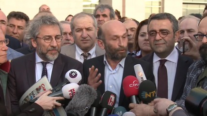 Turkey: Cumhuriyet editors defiant after 2nd hearing in espionage trial
