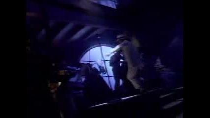 Michael Jackson - Smooth Criminal (превод)