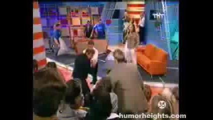 Пребиват Булка В TV Шоу!(здрав масов бой)