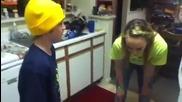 Girl passes cinnamon challenge