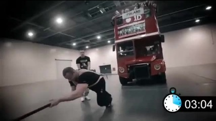 1d Day - Guinness World Record Attempt Pulling Bus of Fans