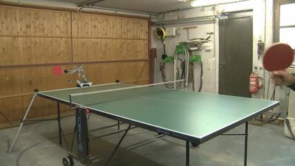 Робот за тенис на маса
