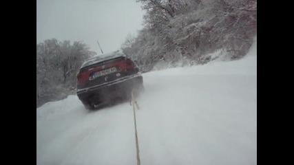 Дърпане на шейна с кола(добре,давай!) - Габрово