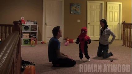 Баща и син правят жестока скрита камера на майката!