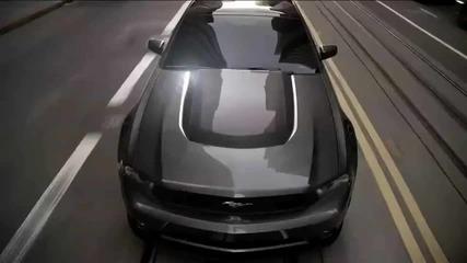 2011 Мустанг V6