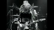 Alice In Chains - Bleed The Freak превод