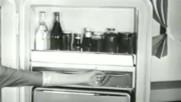Ретро хладилник показва екстри ,липсващи дори в съвремените