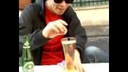 Какво става когато сложим в бирата си ментос? *смях*