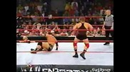 Johnny Stamboli vs. D - Lo Brown - Wwe Heat 01.12.2002